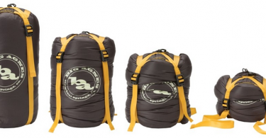 5-best-compression-sacks-for-travel-backpacking-07