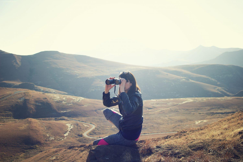 best-binocular-harness-and-case