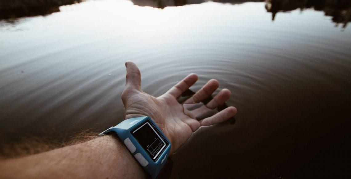 best-outdoor-watch-reviews