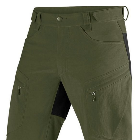 hiking-pants-gusset-and-pockets