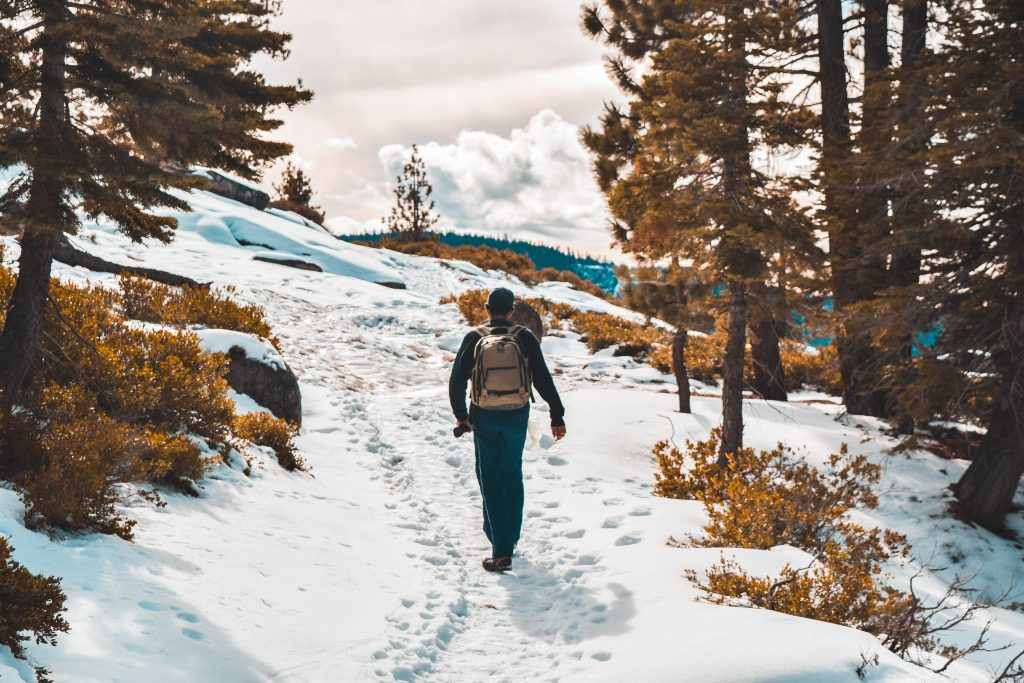 best-packable-down-jacket-travel-hiking