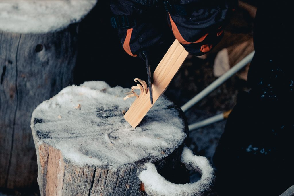 ultralight-knife-for-hiking-camping