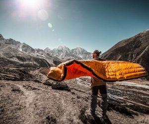 best-backpacking-sleeping-bag-under-100-05