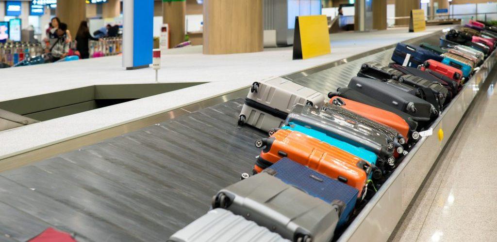 samsonite vs rimowa luggage 7