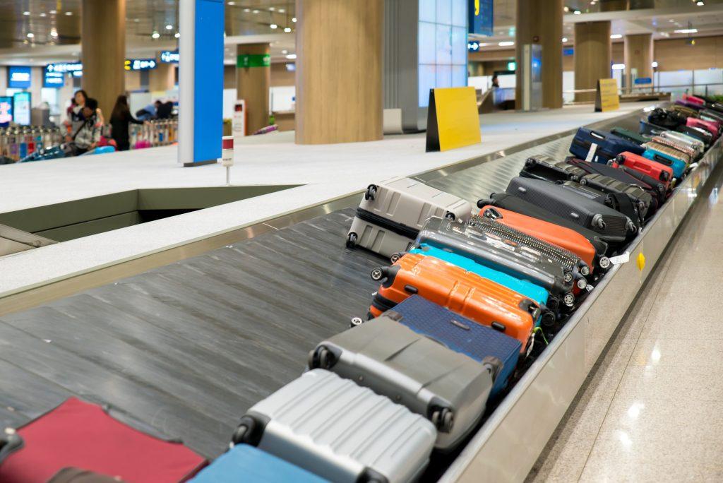 Tumi-vs-Rimowa-Luggage-Reviews