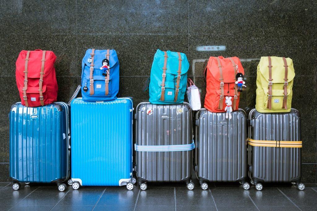 best-underseat-luggage-reviews
