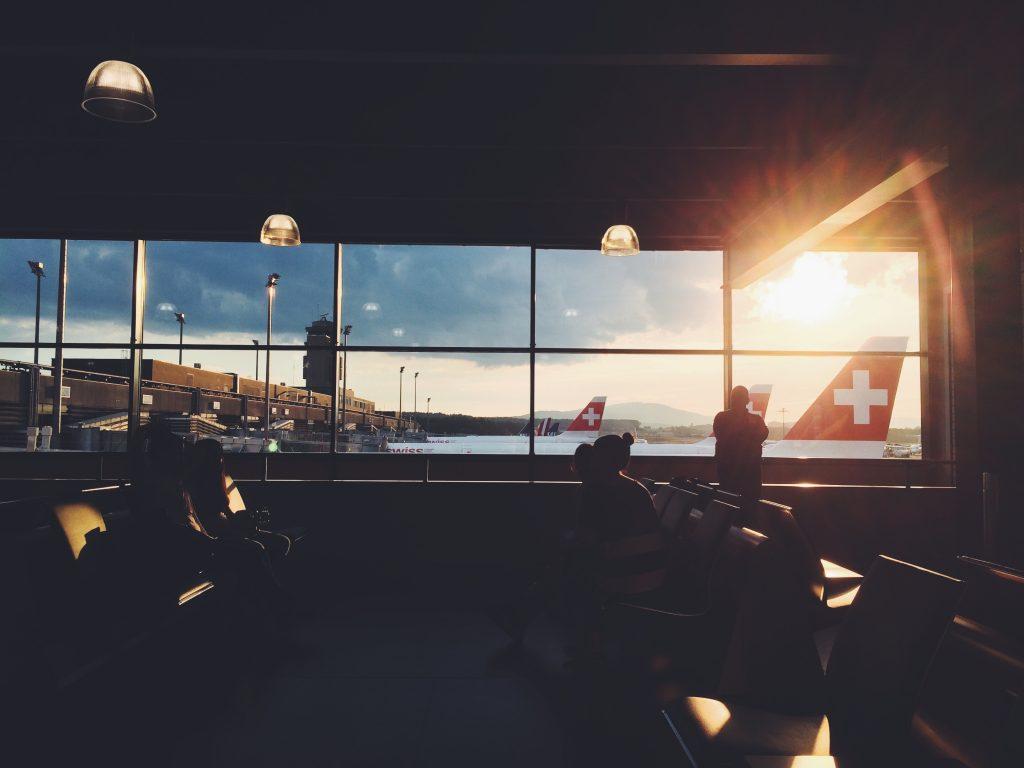 delsey-vs-samsonite-luggage-reviews-02