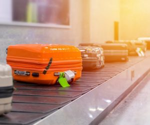 travelpro-vs-samsonite-luggage-review