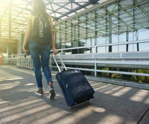 american-tourister-vs-samsonite-luggage-2