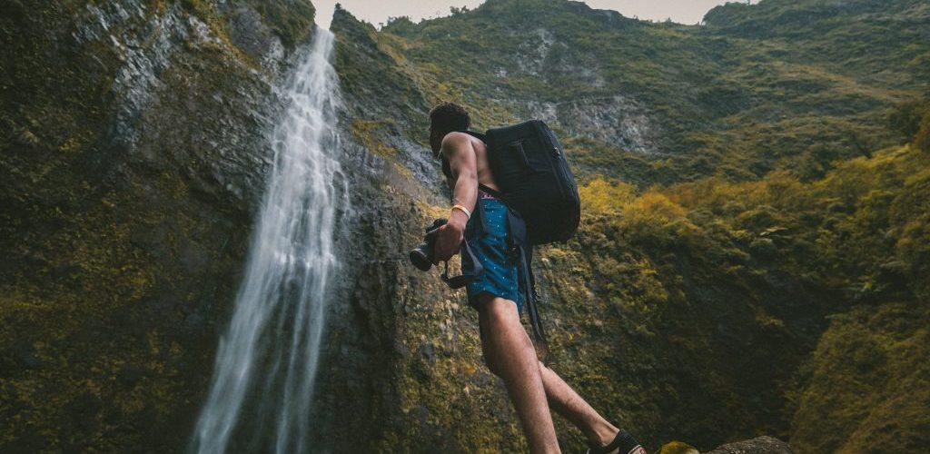 best-waterproof-camera-backpack-1