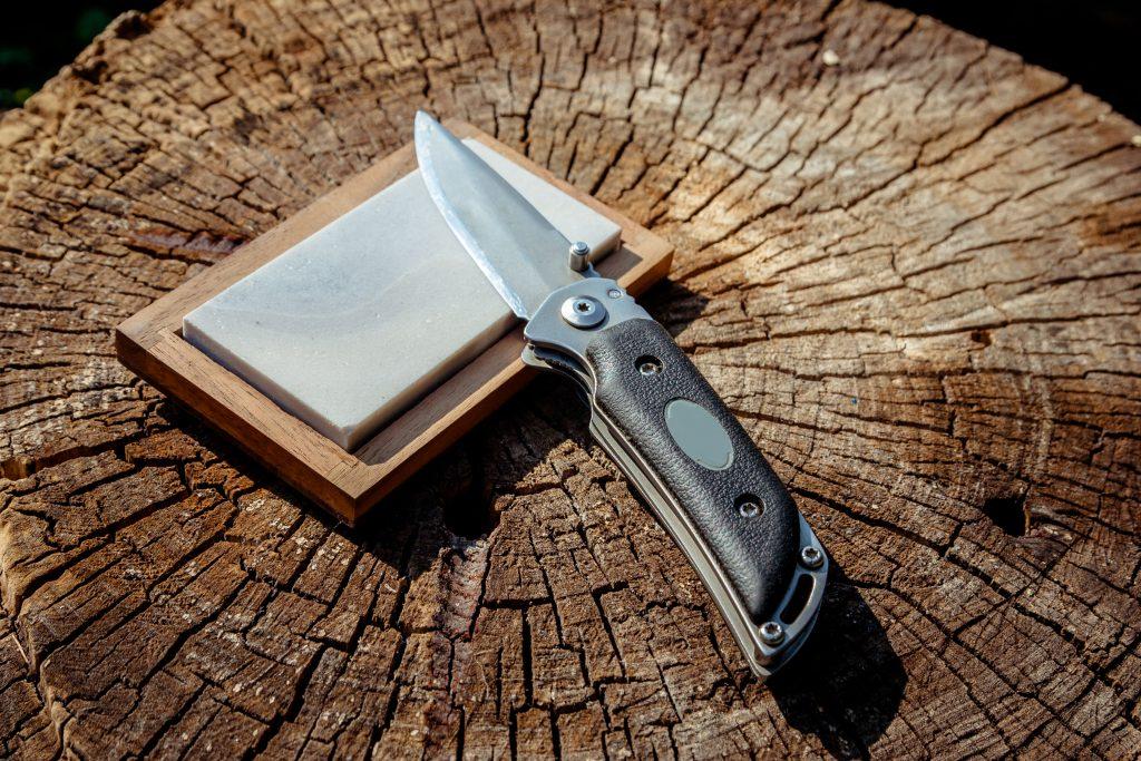 best-pocket-knife-sharpener-01