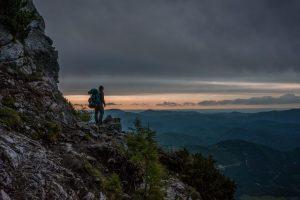 trekking-vs-hiking