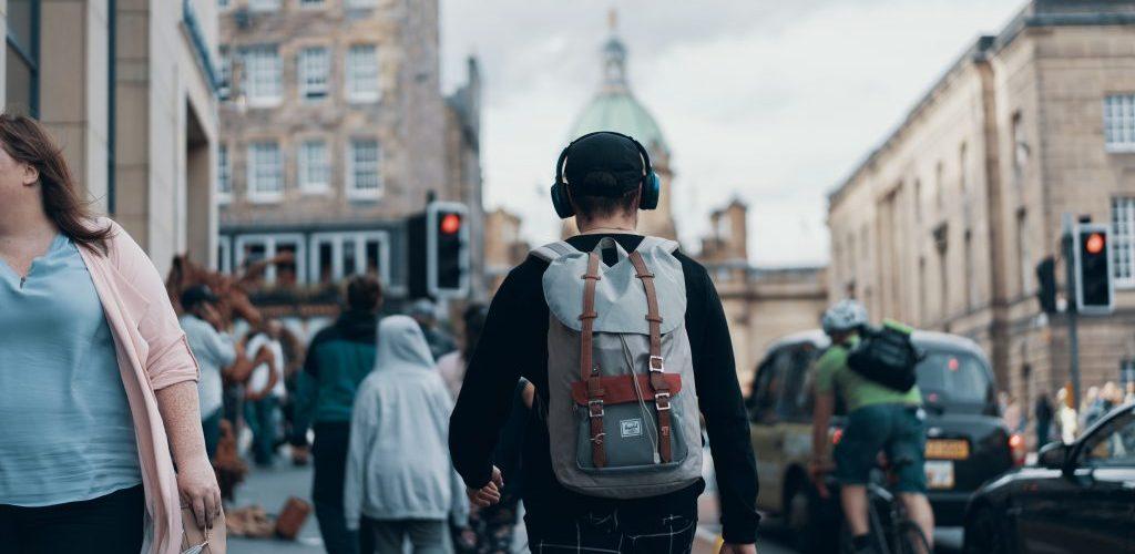 best commuter backpack reviews 01