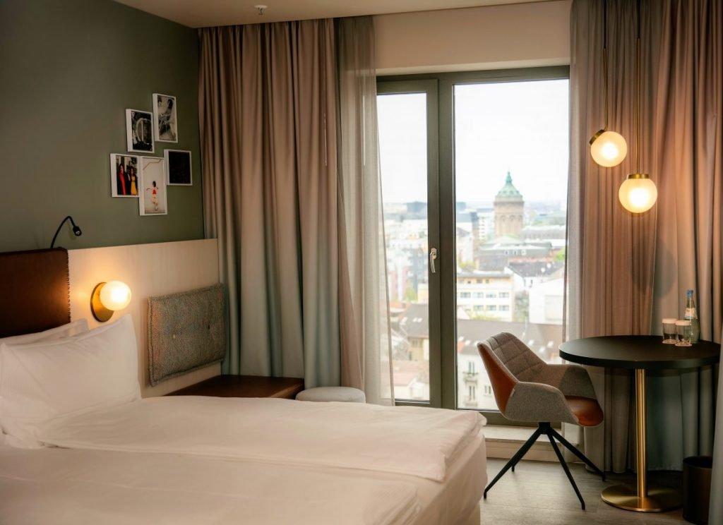 hilton-garden-inn-Mannheim_Guest_Room