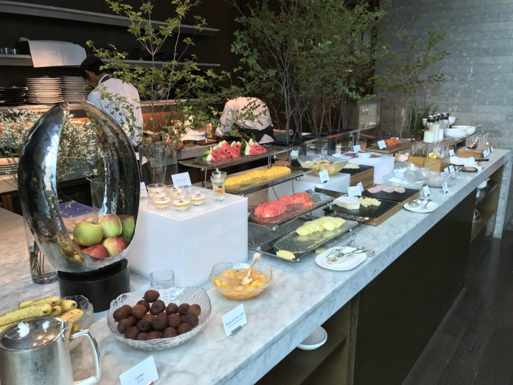 hilton conrad tokyo complimentary breakfast with gold status