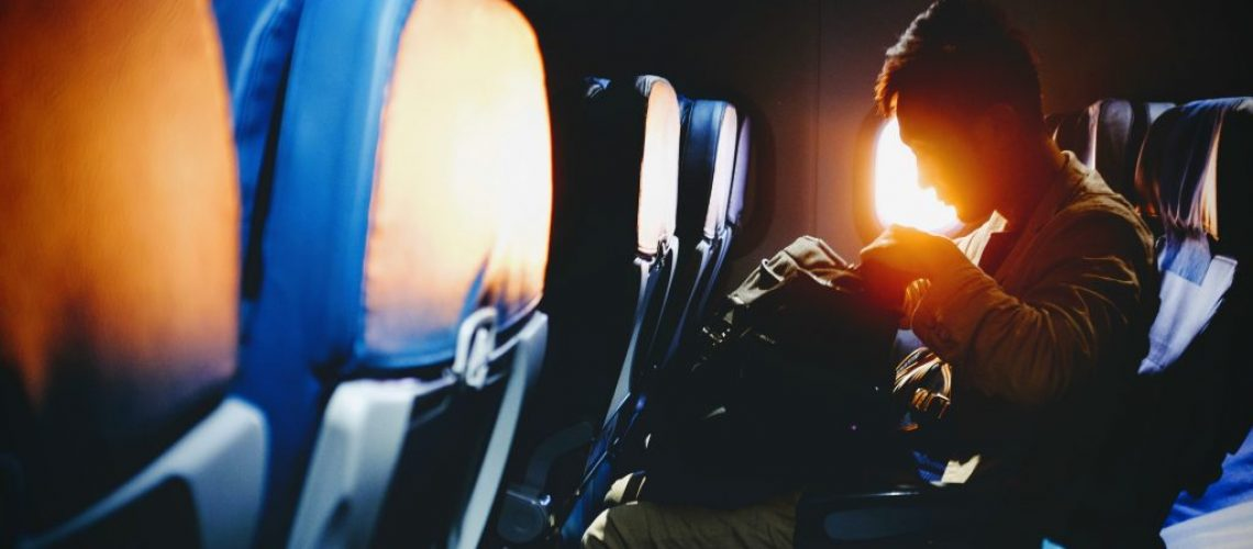 best-underseat-luggage-reviews-02